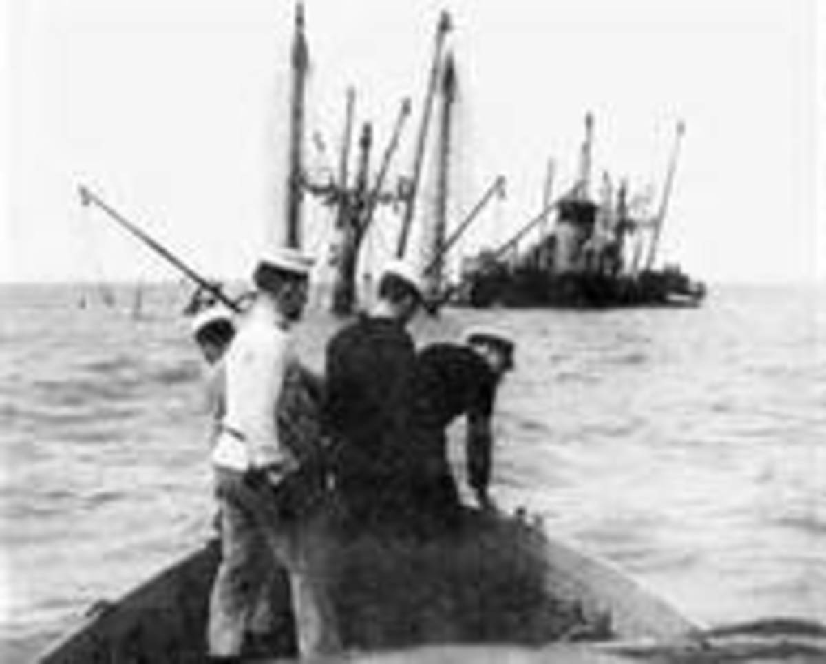 Approaching wreck of Richard Montgomery shortly after grounding
