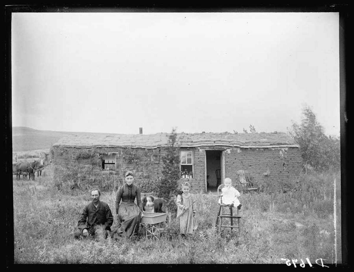 A homestead and family west of Callaway, Nebraska, between 1886 and 1912.