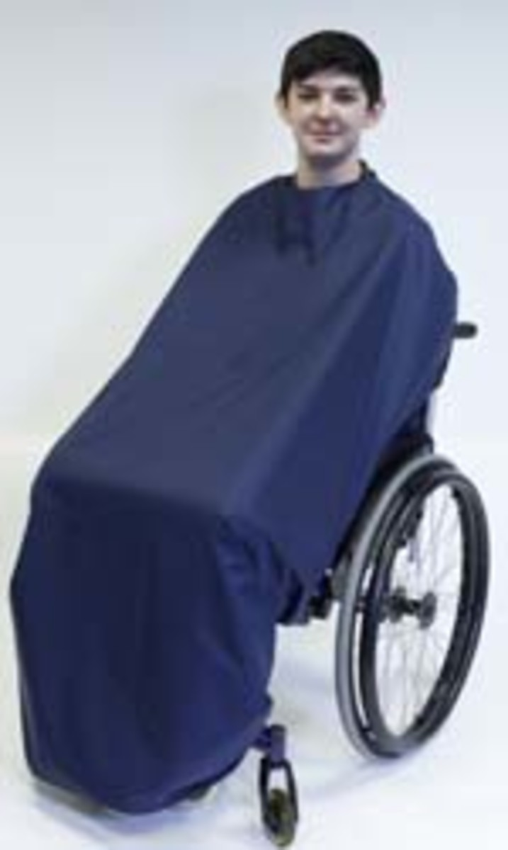 Warm and waterproof cocoon cover for wheelchair users