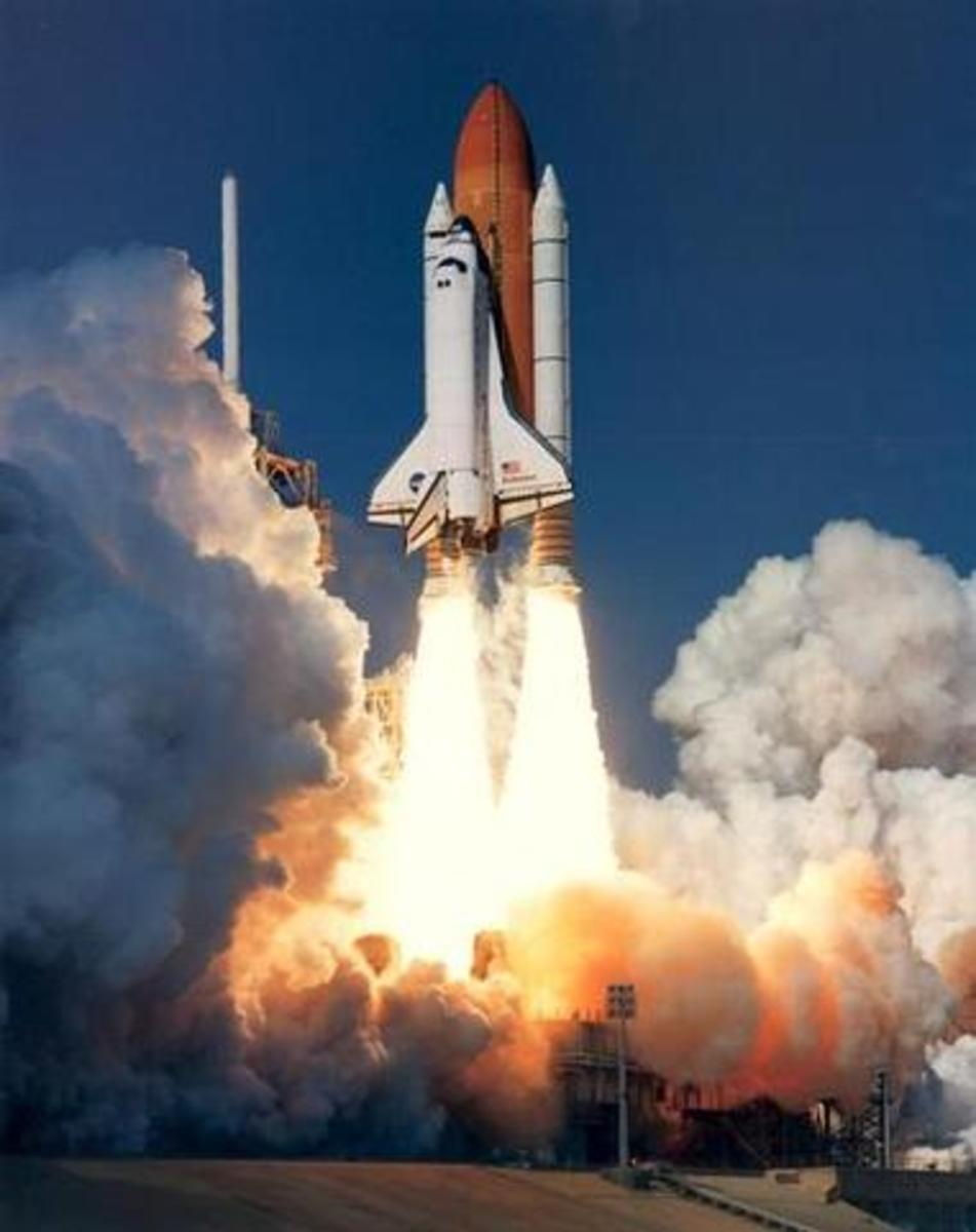 The History of Rockets-From the Fireworks to the Moon ...