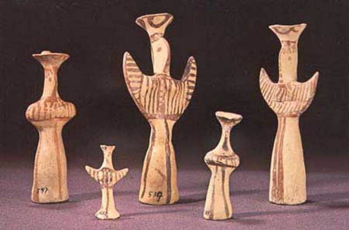 Many of these small figurines have been excavated, most likely they were presented as offerings to their gods.