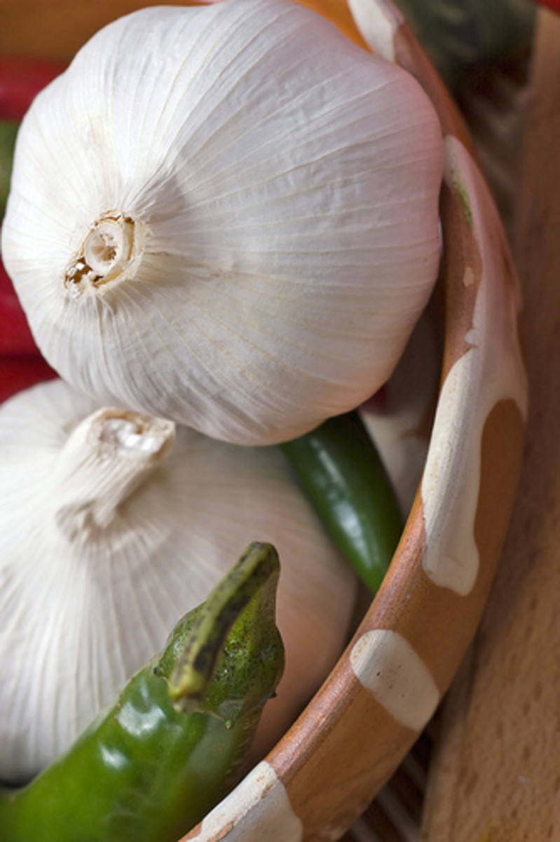 Health Benefits of Garlic: Cooking Garlic Benefits, Oil and Garlic in Your Diet, Kyolic Garlic Halal