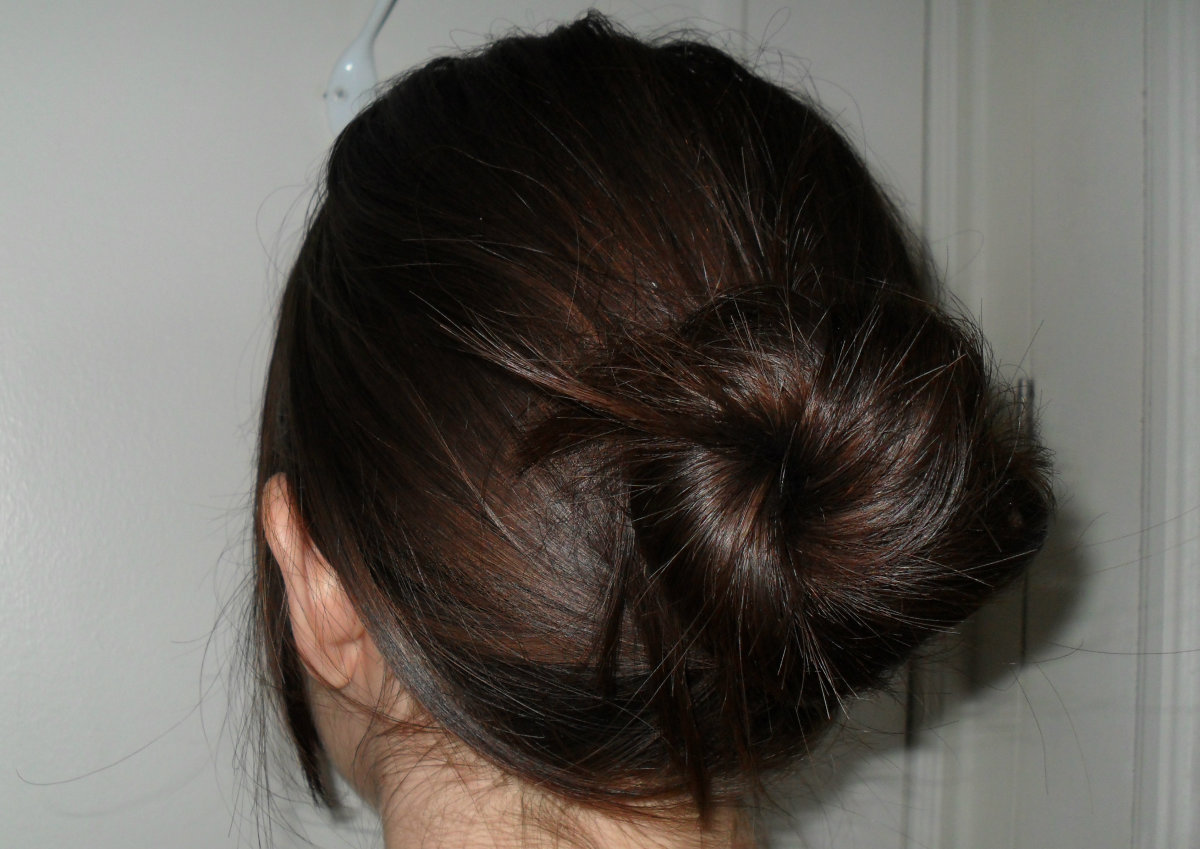easy messy updo tutorial using the spin pin