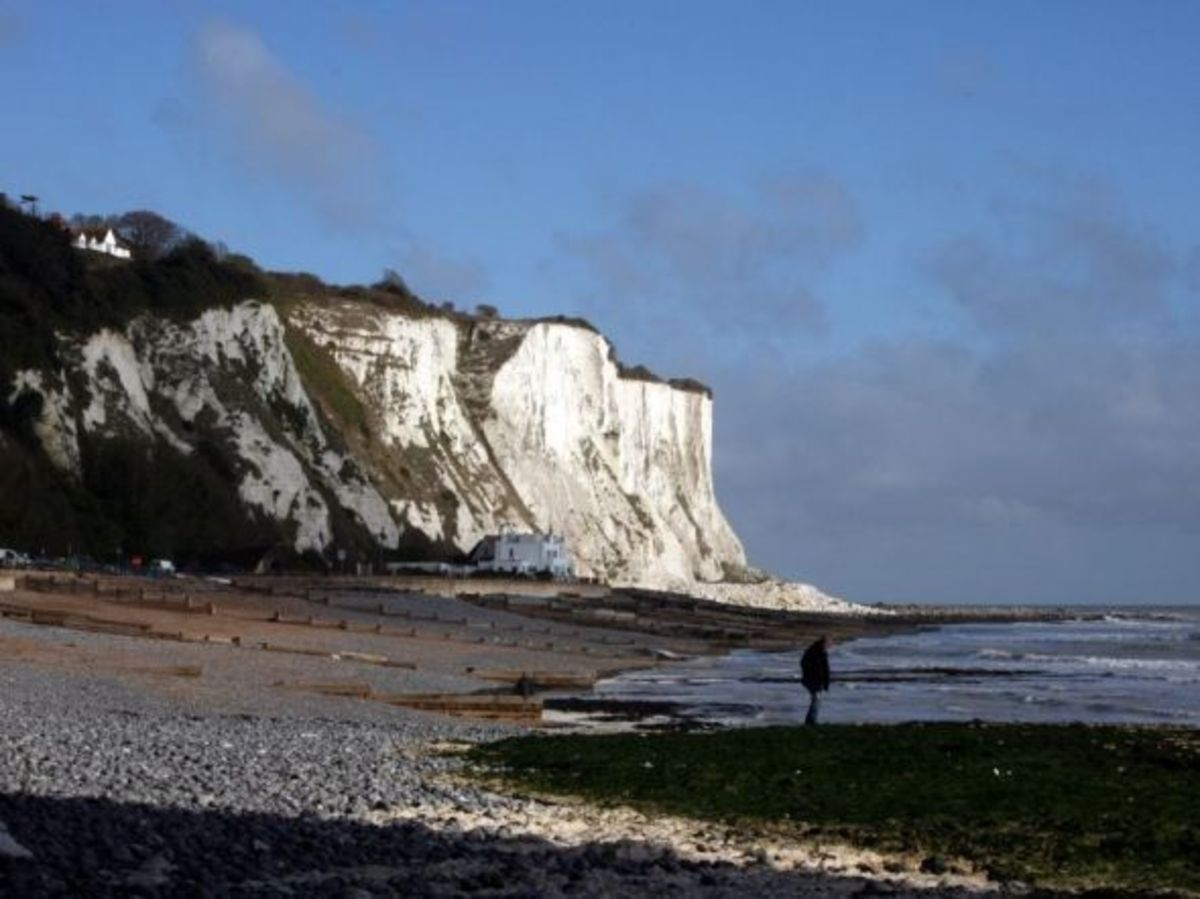The beach at St Margaret's Bay with the White Cliffs behind it