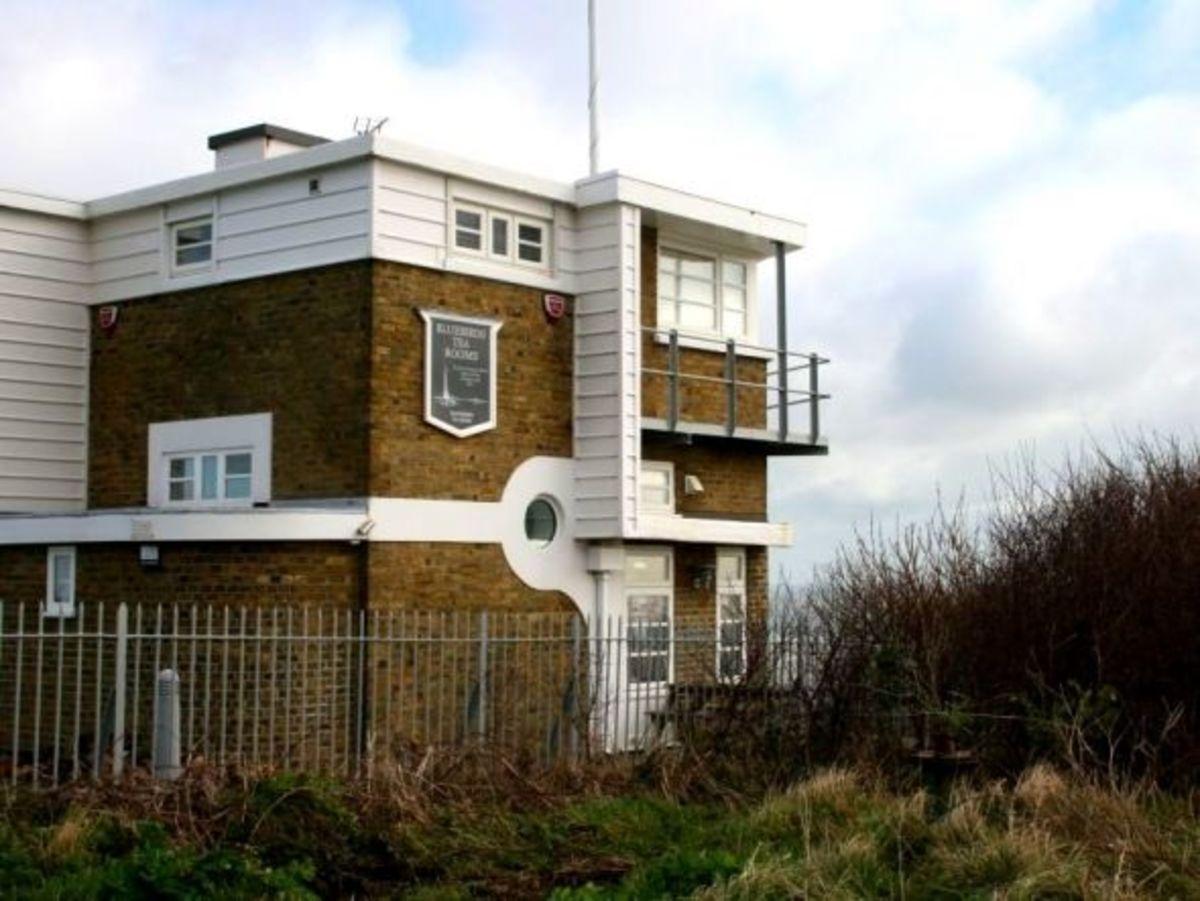 Bluebirds Tea Rooms, once the coastguard station
