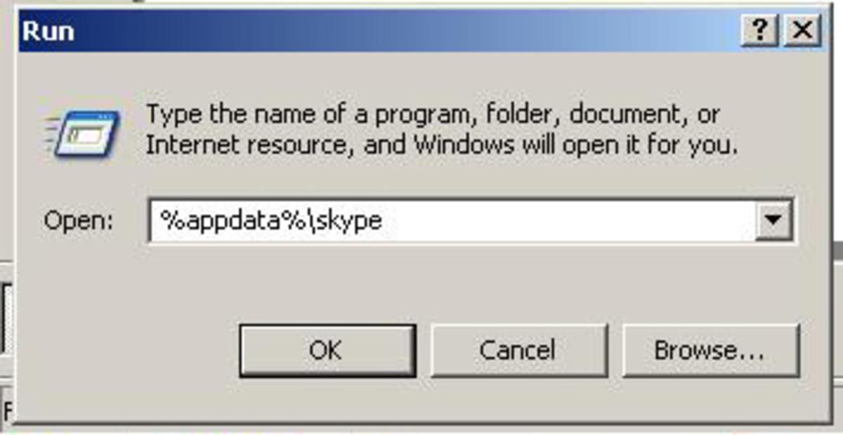 "In the field box, type,  %appdata%\skype command, ""Windows XP"" screenshot"