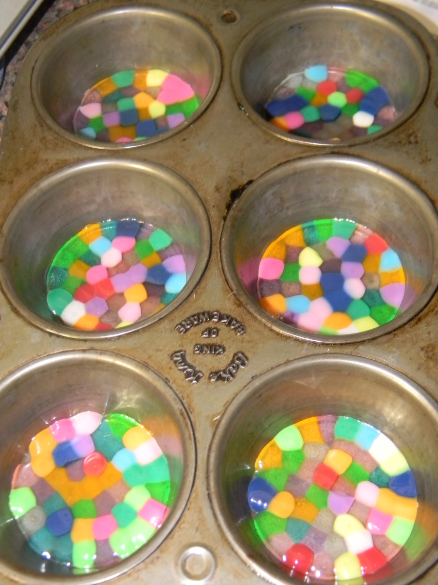 Normal Sized Muffin Pan with beads melted.