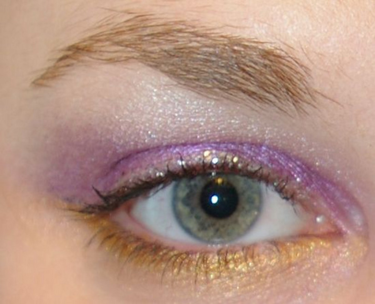 Simple Pink eye makeup perfect for day to day outing