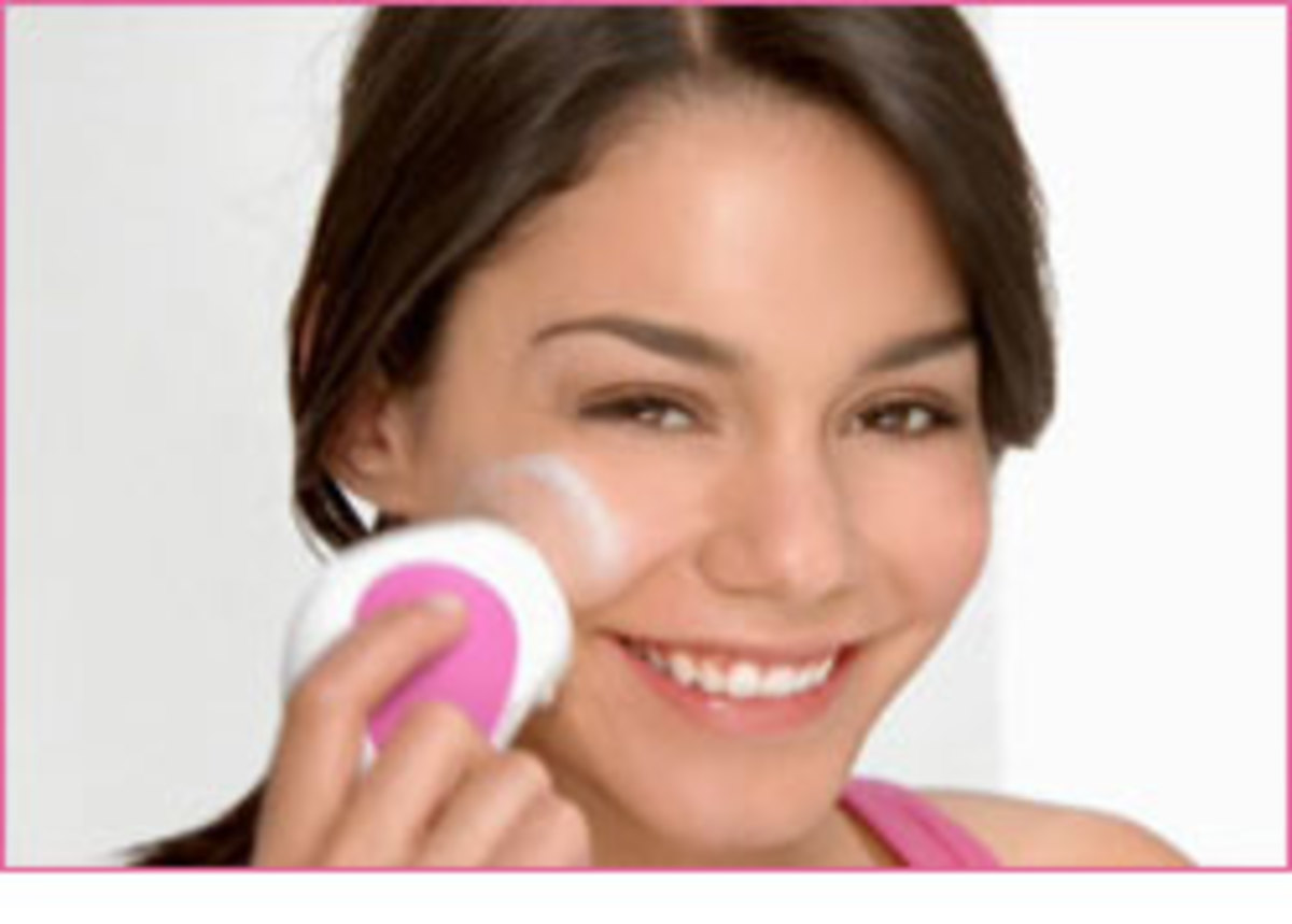 The Neutrogena Wave is an inexpensive and effective way to deep cleanse your skin.