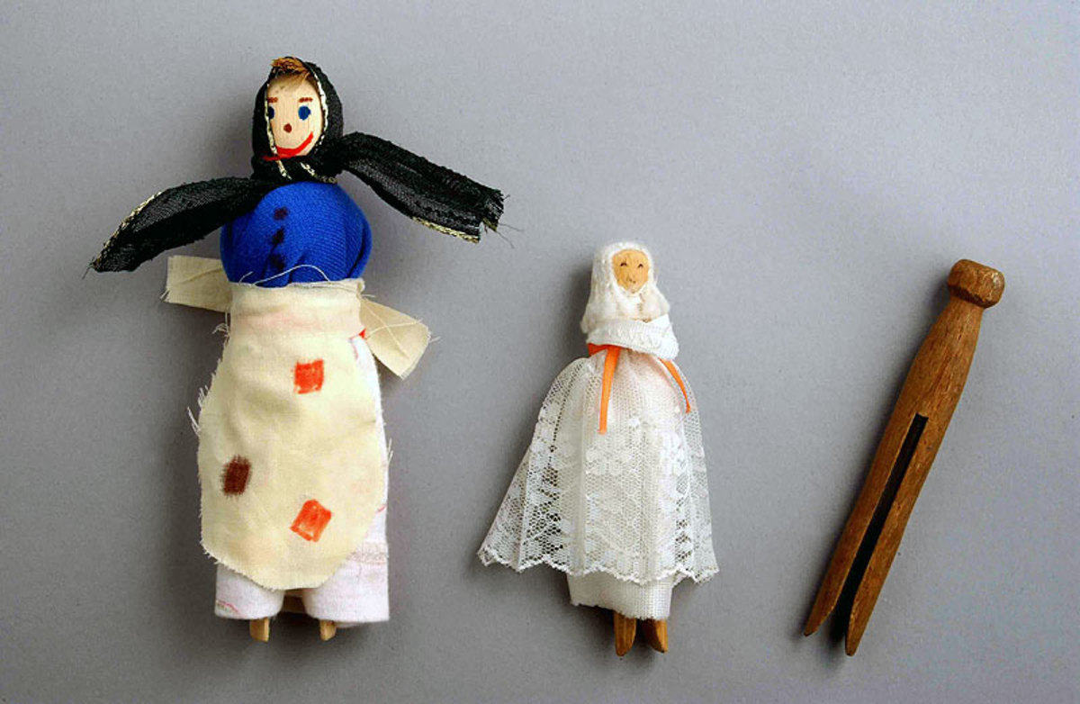 Toys Victorian Doll 79