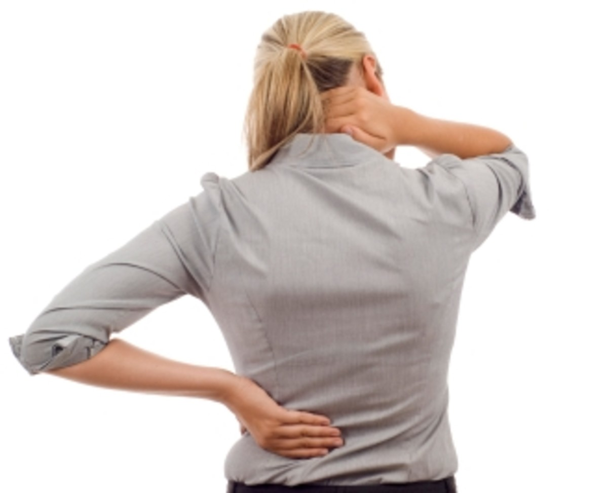 having a kink in the cervical spine is no fun. Here are some great tips to prevent this and get rid of the pain fast.
