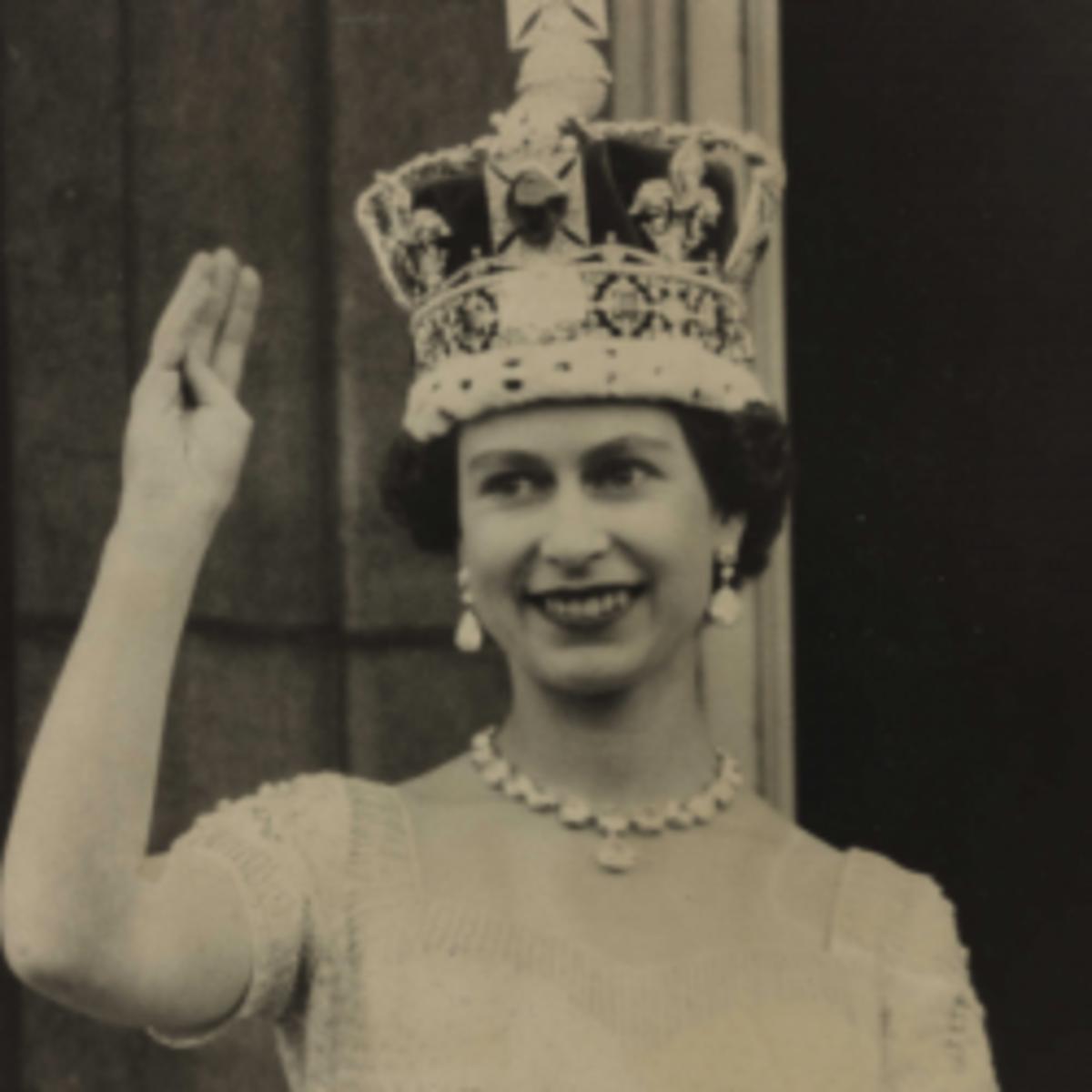 queen-elizabeth-second-accent-changes-over-years