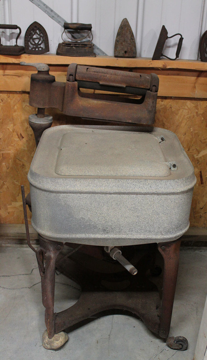 Early Maytag Wringer Washer