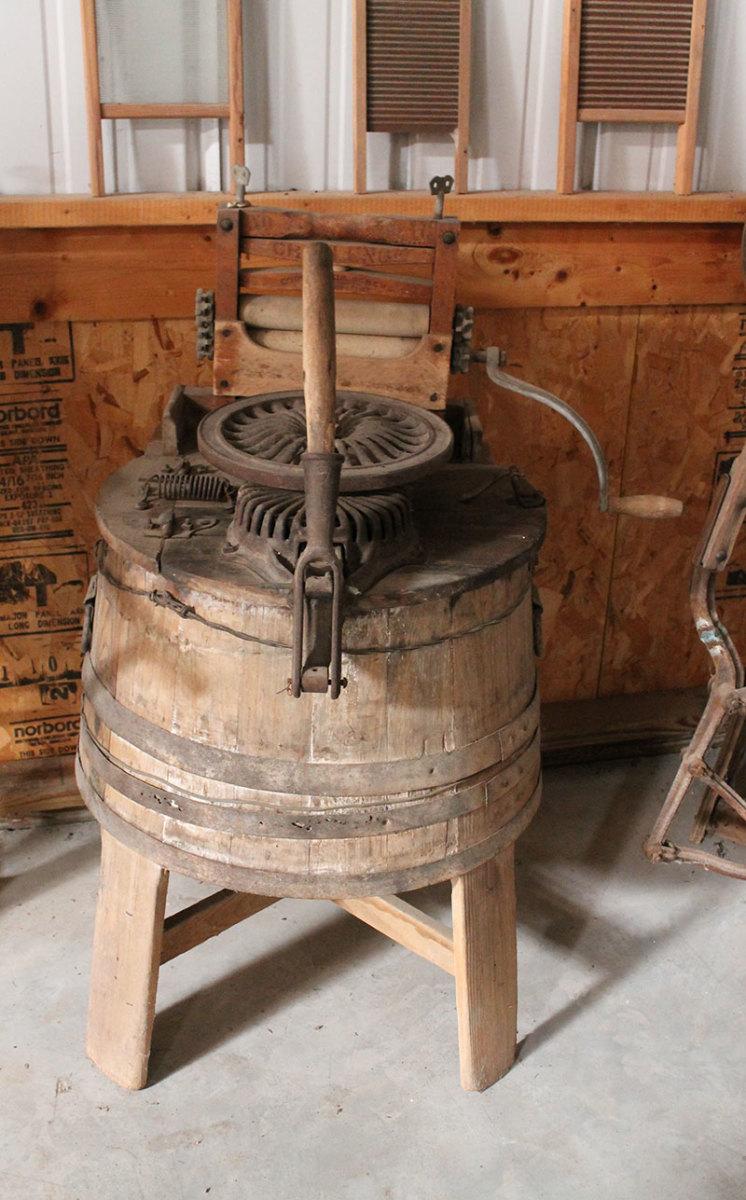Manual Washing Machine using wooden tub