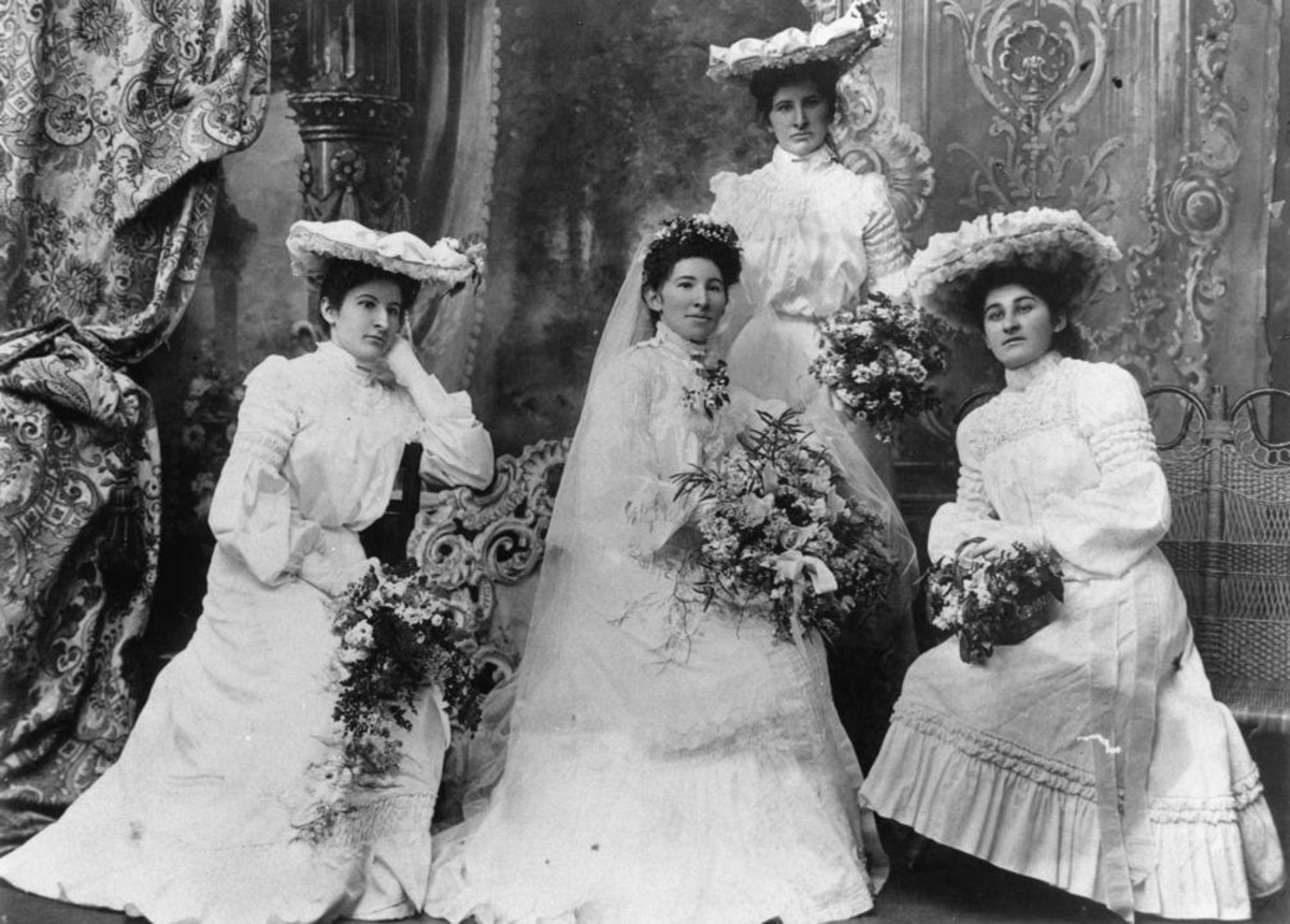 Circa 1910 Bride With Brdesmaids
