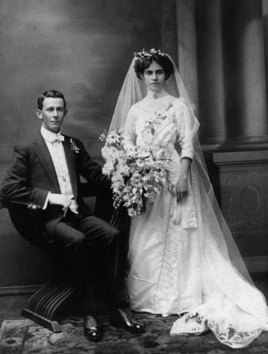 1920 Full Length Wedding Gown