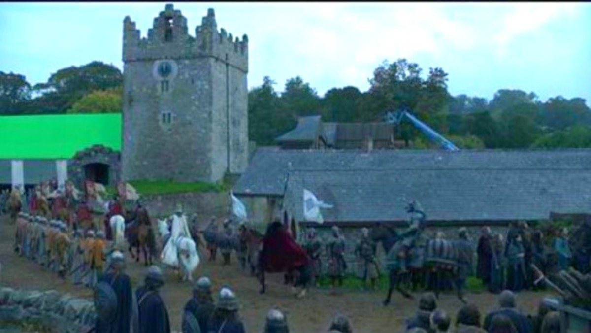 Winterfell arrival of Robert Baratheon filmed at Castle Ward