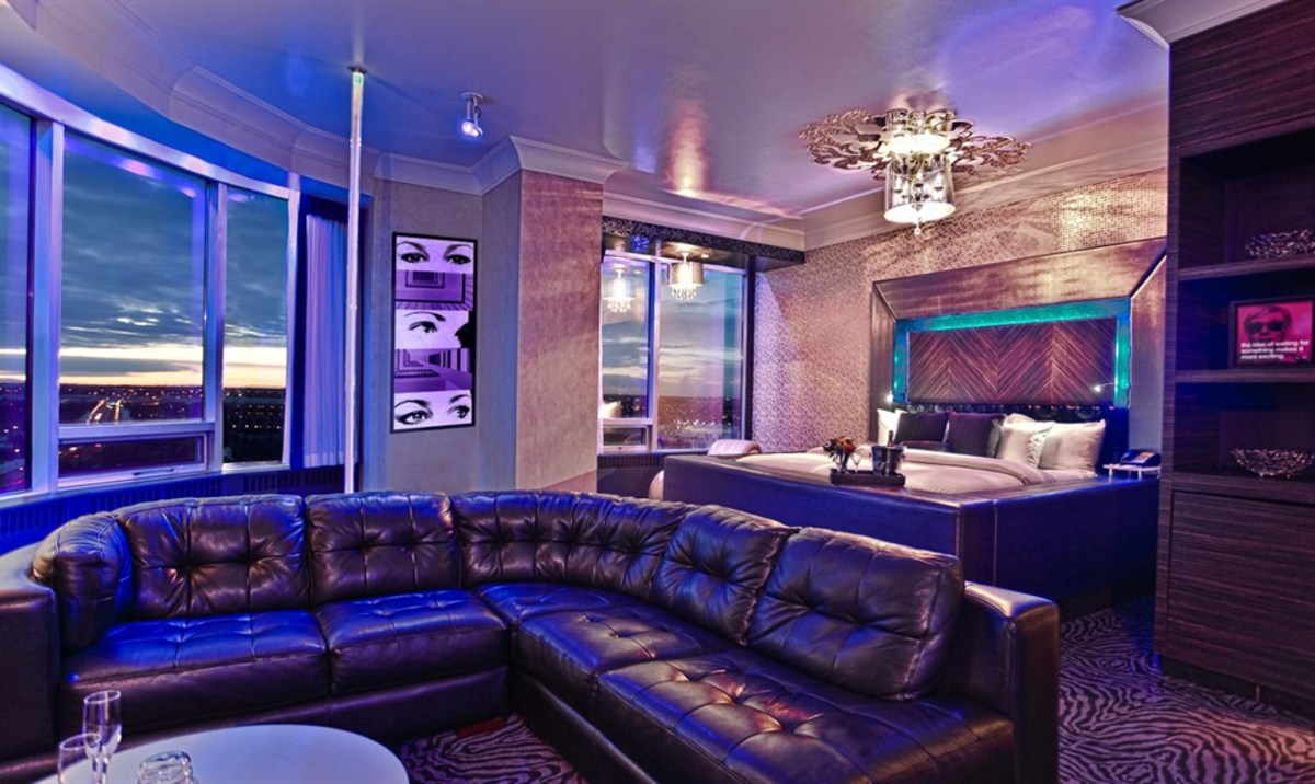 Hollywood Luxury Theme
