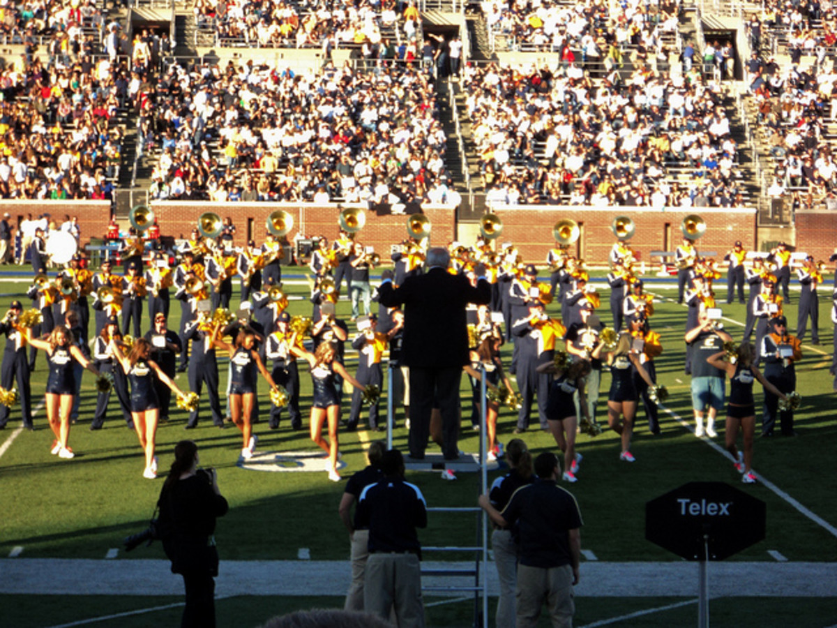 Chattanooga Mocs Football Halftime Show