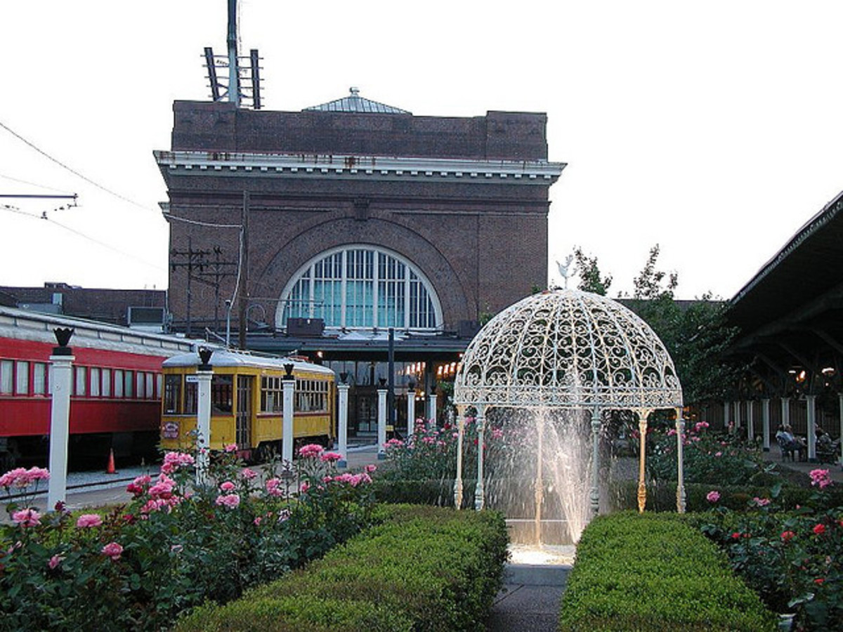 The Historical Chattanooga Choo Choo Terminal Station and Gardens
