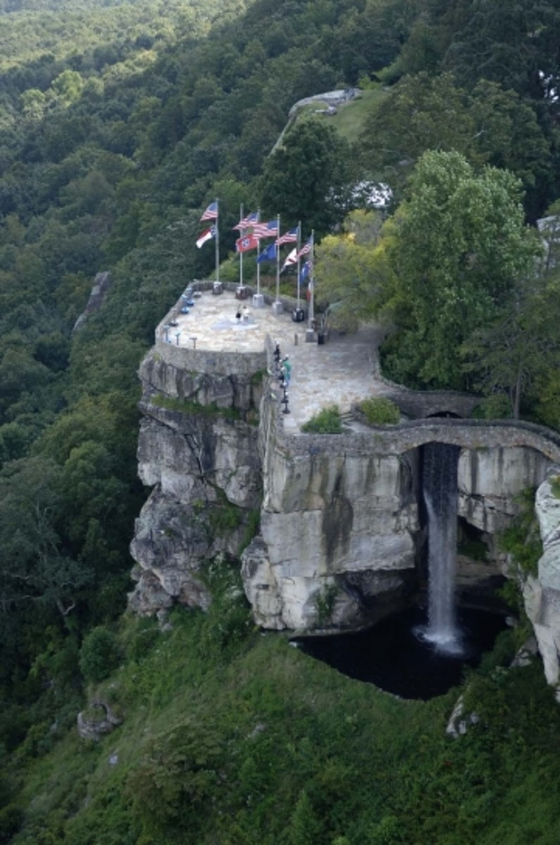 See Seven States from Lovers Leap at Rock City