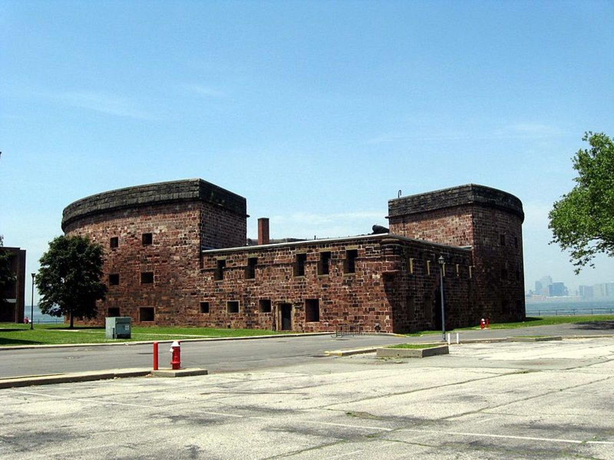 Landward view of Castle Williams, 2008