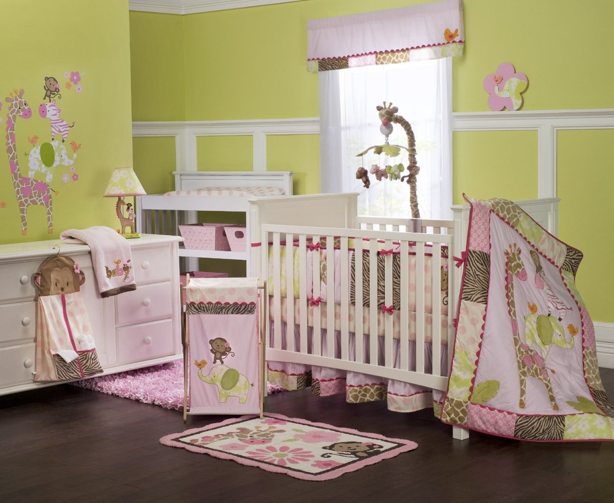 4-Piece Mini Crib Animals Bedding Set for Girls