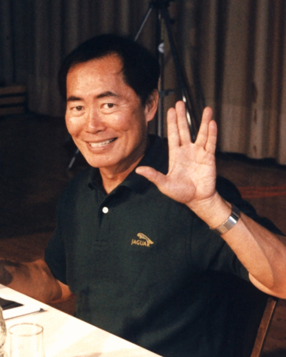 "George Takei, ""Sulu"" Attribution: Diane Krauss(Own work) [GFDL (http://www.gnu.org/copyleft/fdl.html), CC-BY-SA-3.0 (http://creativecommons.org/licenses/by-sa/3.0/) or CC-BY-SA-2.5 (http://creativecommons.org/licenses/by-sa/2.5)], via Wikimedia C"