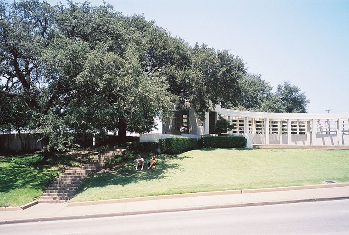 The infamous and mysterious Grassy Knoll.