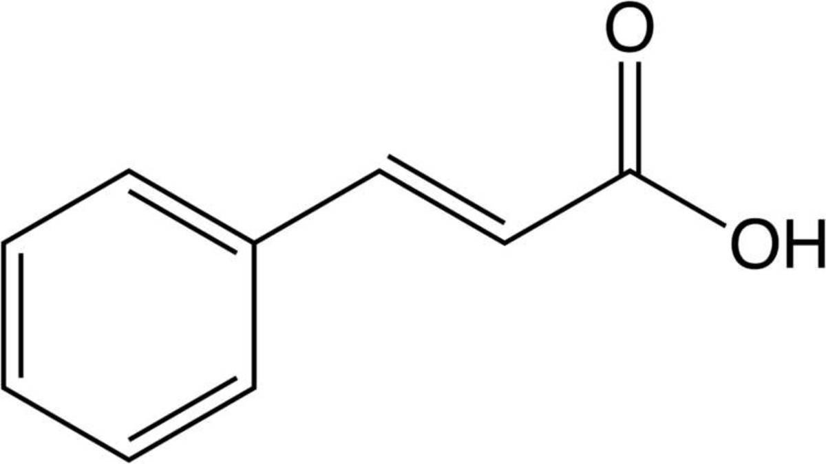 The molecular structure of cinnamaldehyde.