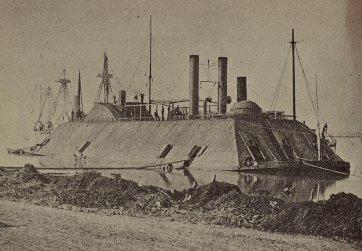 Casemate-class ironclad USS Essex