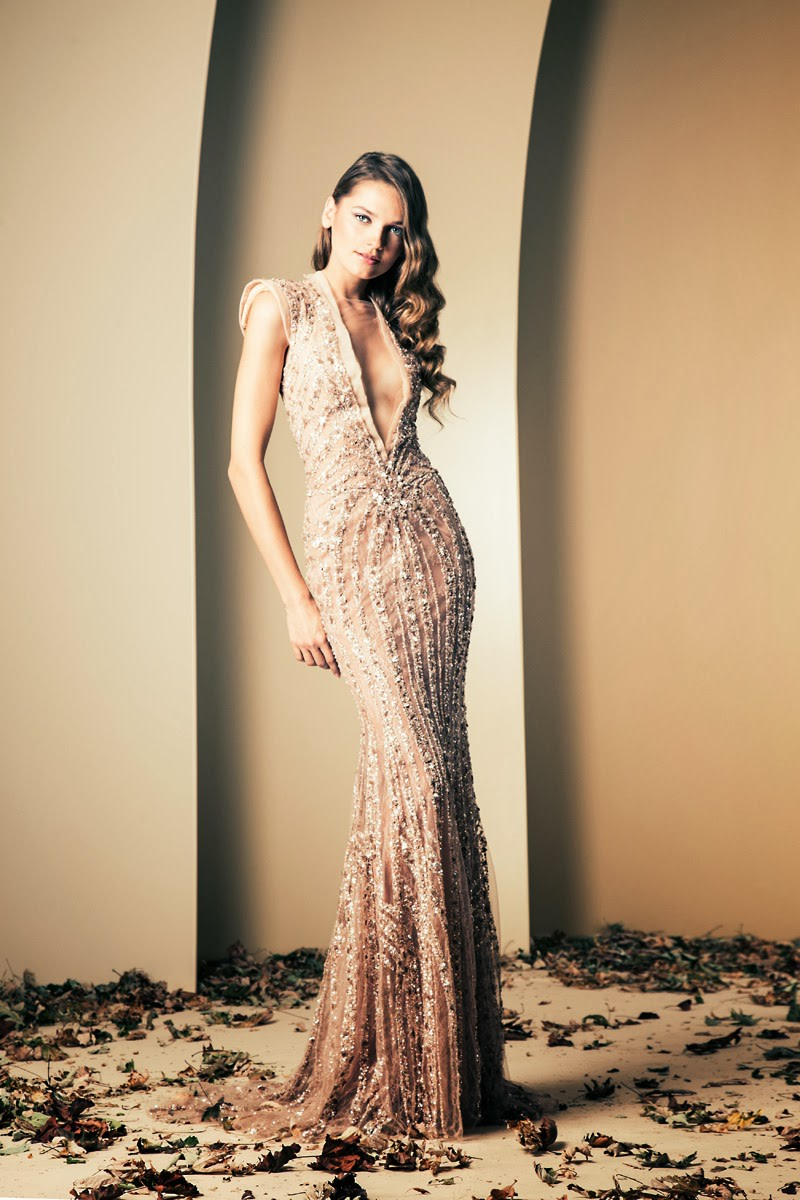 Shimmery gown in nude