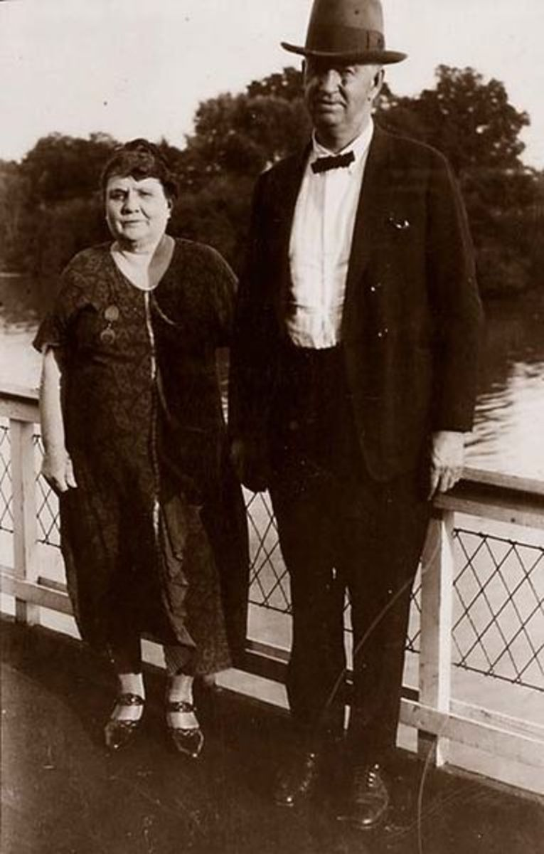 Mary Becker Greene with husband, Gordon Christopher Greene circa 1910-1920