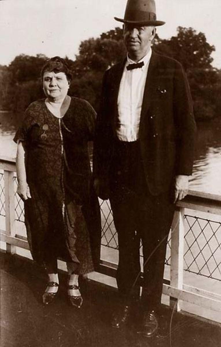 Mary Becker Greene with husband, Gordon Christopher Greene circa 1910-1920