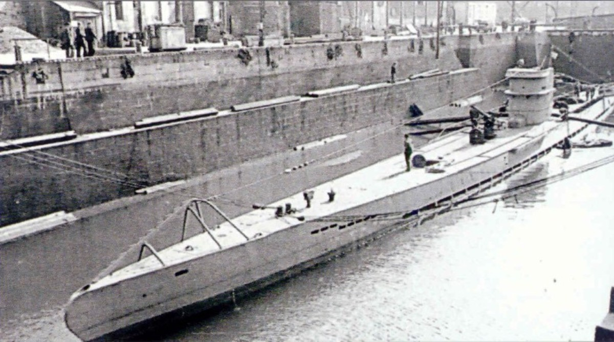 UB-65 in port