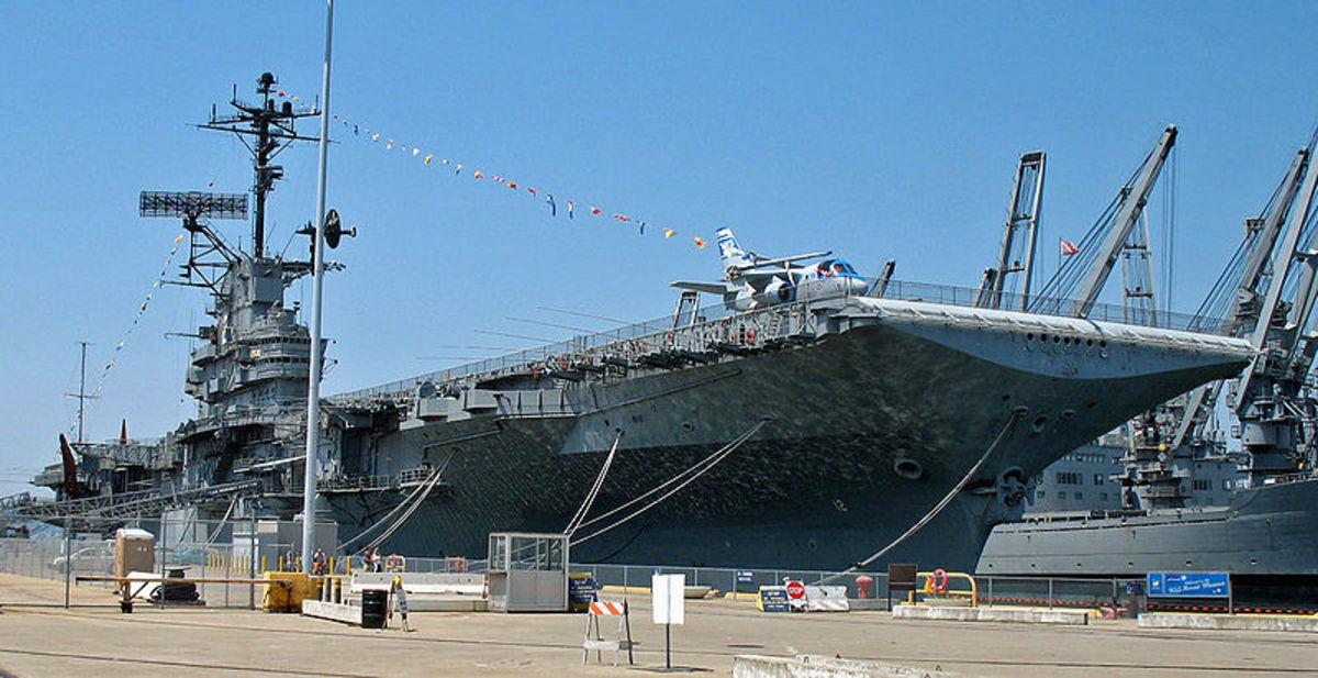 USS Hornet in Alameda, CA (USA).