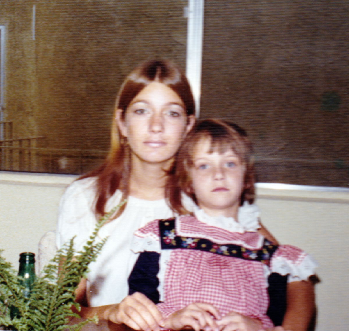 mental-health-self-exploration-the-early-years-with-my-sister