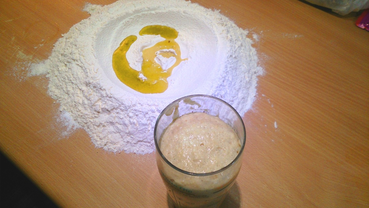 mix yeast, sugar, 3 tablespoons of flour and milk, leave it for couple of minutes
