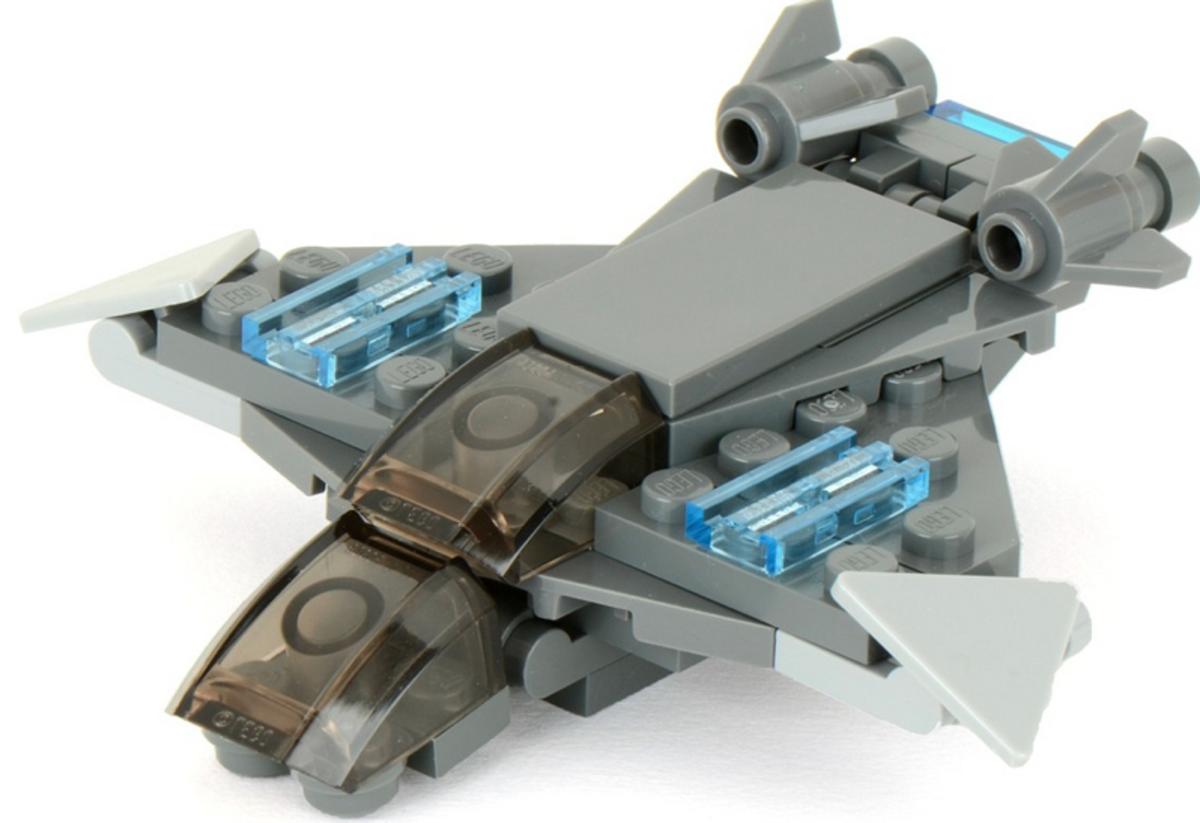 LEGO Super Heroes Quinjet 30162 Assembled