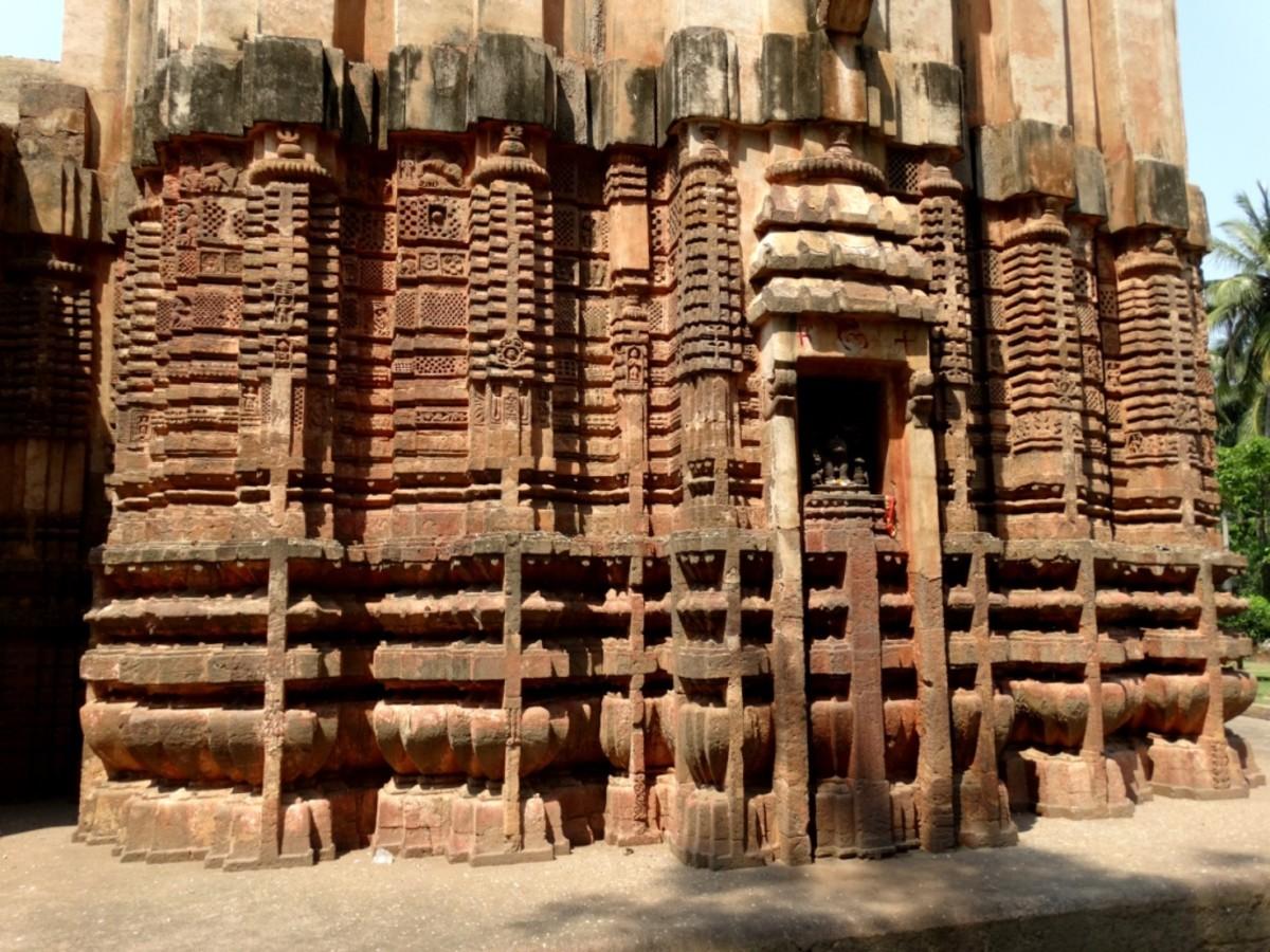 Ratha-Paga at the base of of Siddheswar temple