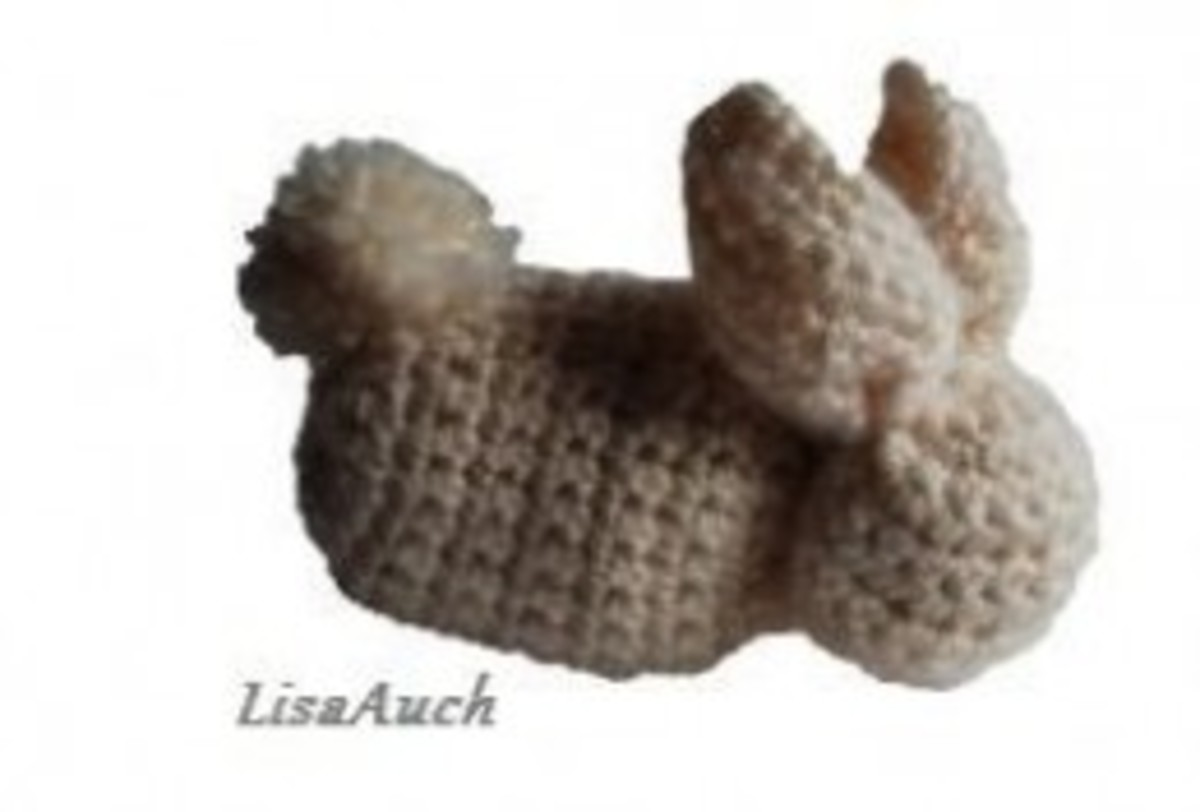 Easy Crochet a Square and Make a Cute Bunny Rabbit. Ideal Crochet Project for Beginners