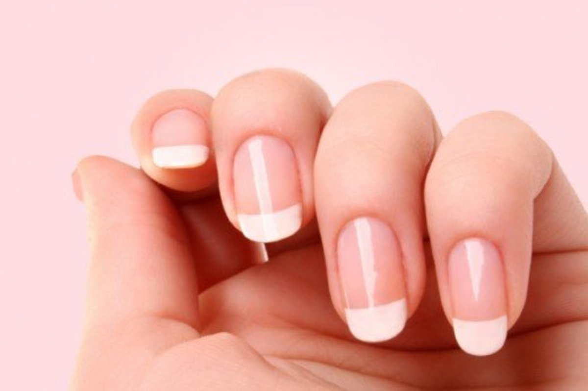 You are about to discover how to whiten your nails naturally