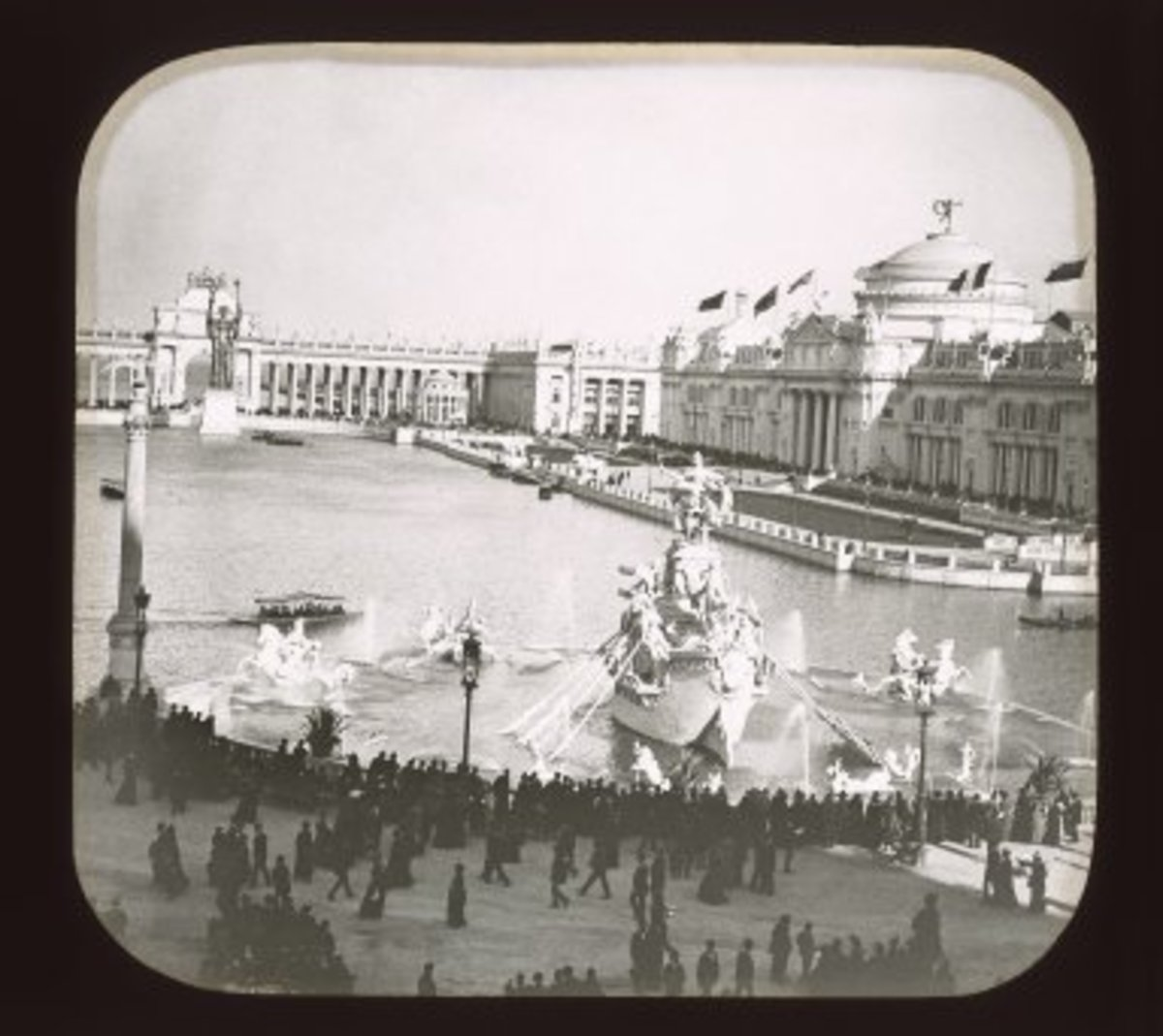 World's Columbian Exposition: Administrative Building and Court of Honor, Chicago, United States, 1893. Brooklyn Museum.