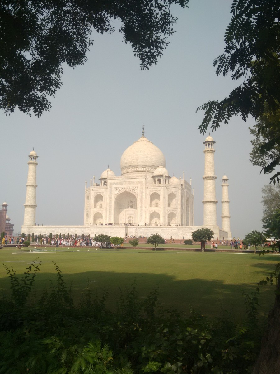Taj Mahal is the most famous monument of India