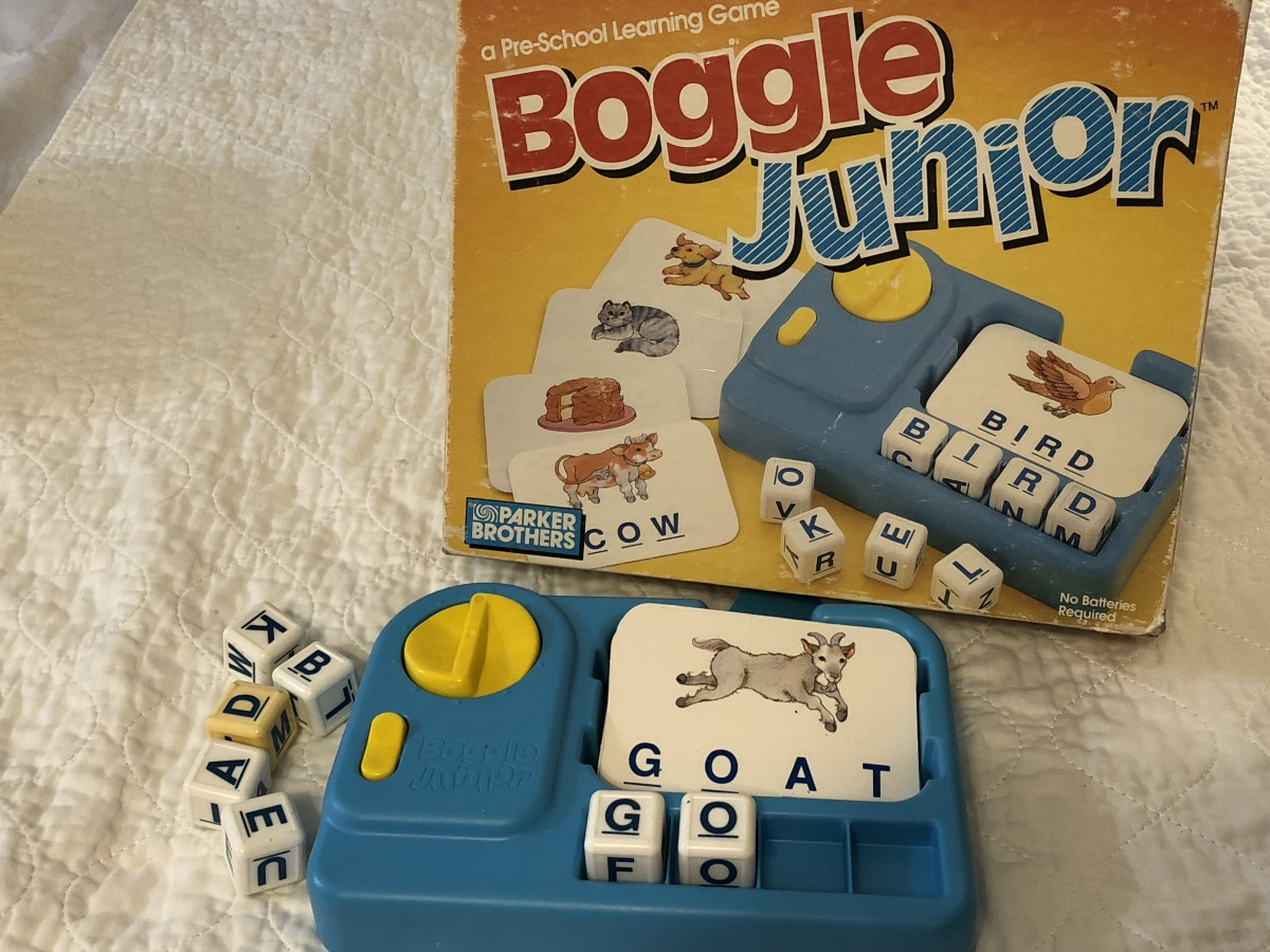 I've had this vintage 1986 Boggle Jr. since the early 90s. I use it a lot because the newer version doesn't have a timer.