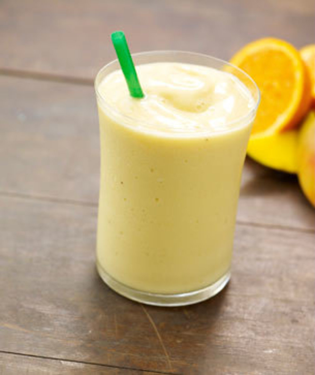 Possibly the most refreshing of the three flavors, the Orange Mango Smoothie also contains 6g of fiber and 80% of your daily Vitamin C.