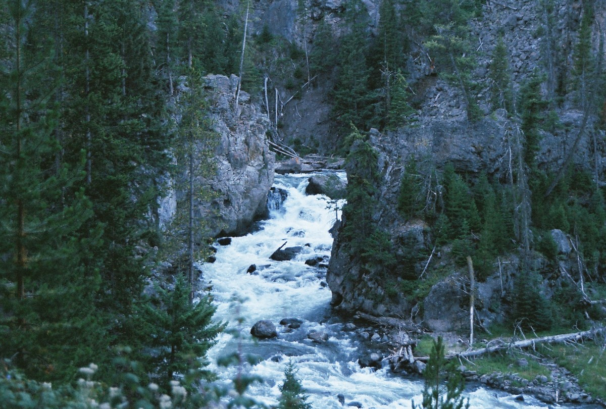 Firehole Waterfall, Firehole Canyon Drive
