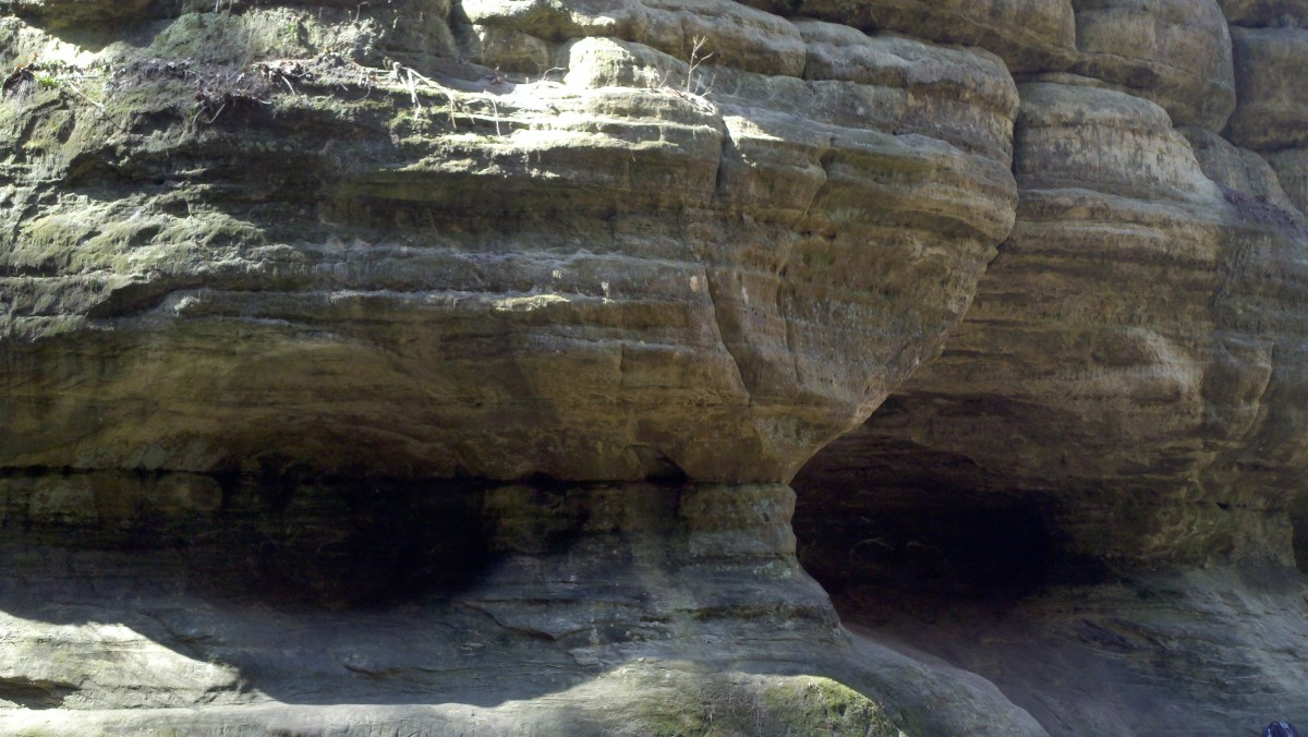 Sandstone in St. Louis Canyon @ Starved Rock State Park