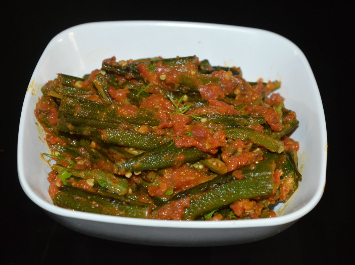 This bhindi masala (okra curry) is made without any onion or garlic.