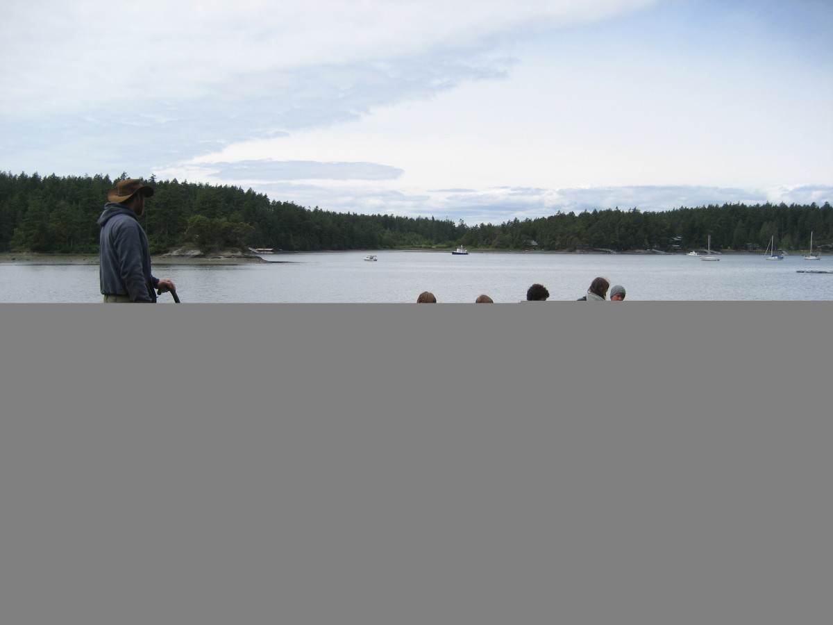Portaging an Umiak in the San Juan islands (this class built the boat)